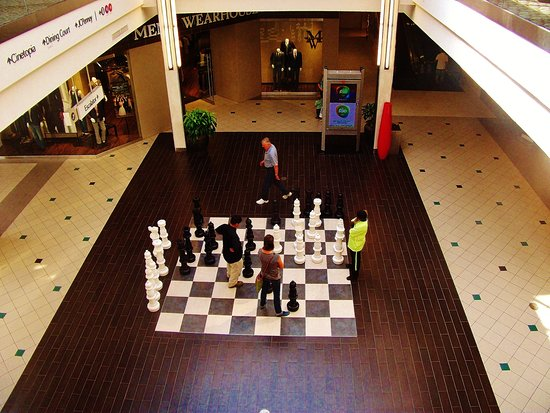 Vancouver, WA: Upper level view of the chess game area