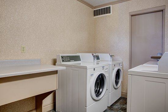 Best Western Plus City Centre Inn: Guest Laundry Facility