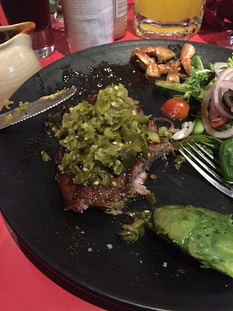 Redcliffe, Australia: Extra chilli on the steak!