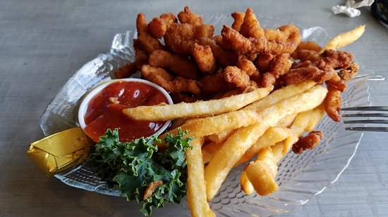 Lincoln City, OR: Fried clam dinner and it also came with clam chowder