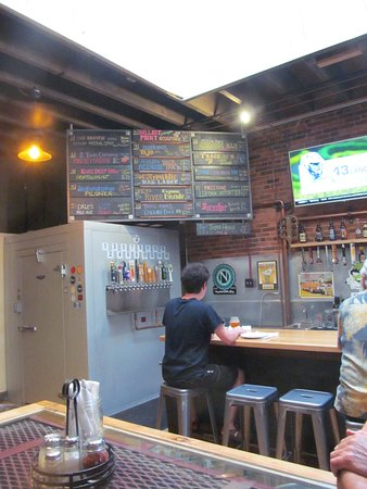 Grass Valley, CA: Many interesting beers!