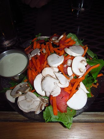 Grass Valley, CA: A very nice salad