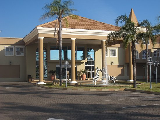Palapye, Botsuana: Ingang hotel