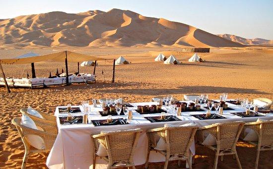 Oman: Desert Dining