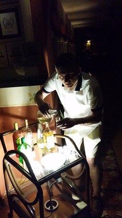 Luz En Yucatan: Free Drinks at the reception