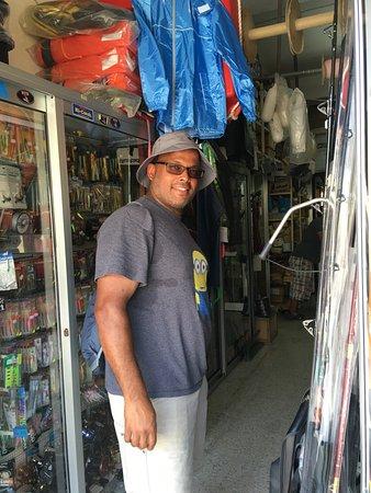 Marsaxlokk, Malta: The fishing shop with the great deals