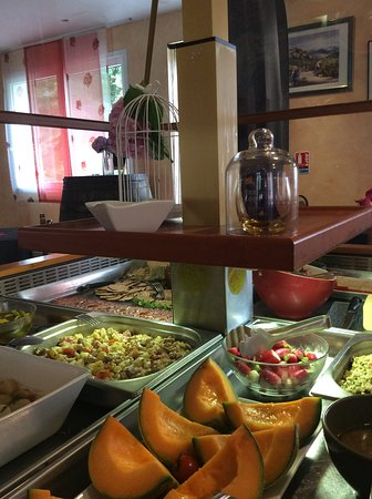 Hotel Restaurant La Vigne: buffet d'entrée