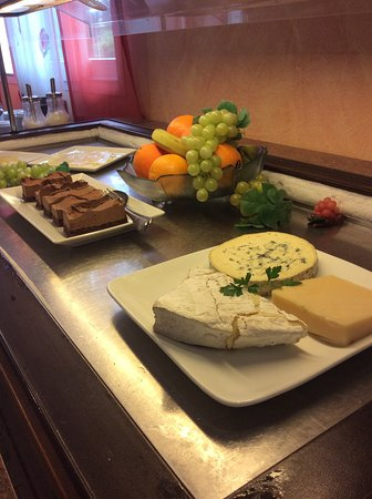 La Roche-Posay, Francia: buffet fromage