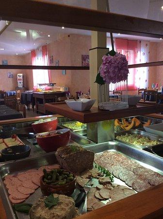 Hotel Restaurant La Vigne: buffet