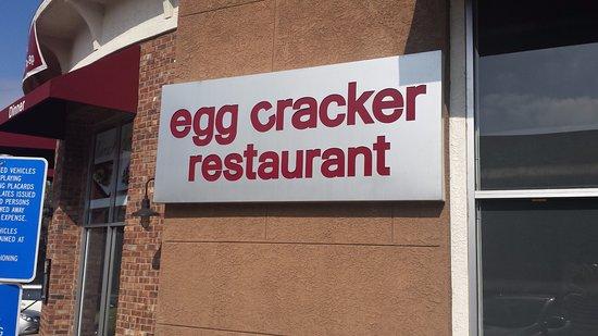 Fullerton, كاليفورنيا: Egg Cracker Restaurant