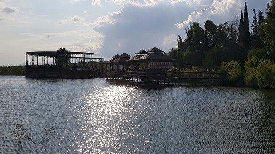 BoyalIca, Turkey: İznik gölünün kıyısında keyifli bir mekan fiyatlar istanbul a göre normal