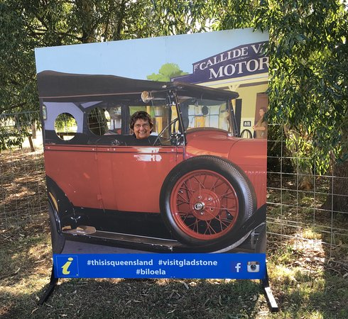 Biloela, Avustralya: Outside the museum is a fun photo cut-out. In the museum itself is a great example of a pioneer