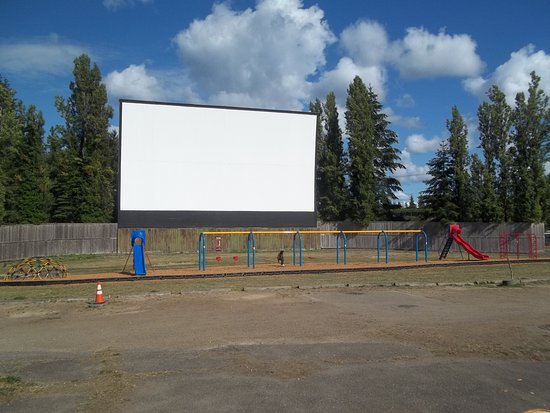 Bremerton, WA: Screen 1, the biggest of the 3 screens and 1 of 2 OSHA approved playgrounds