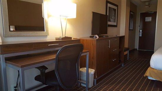 Holiday Inn Express Washington DC SW-Springfield Photo