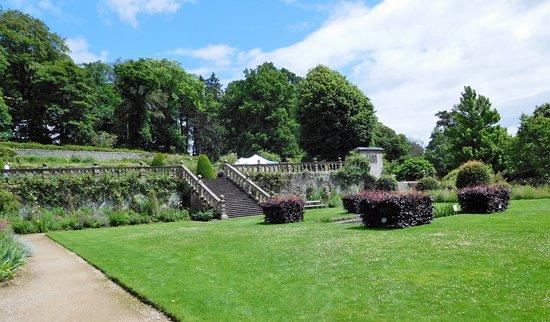 Haddon Hall: Tiered Gardens.