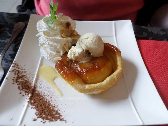 Belvés, Francia: tarte tatin maison