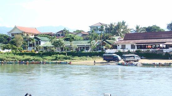 Thavonsouk Resort Photo