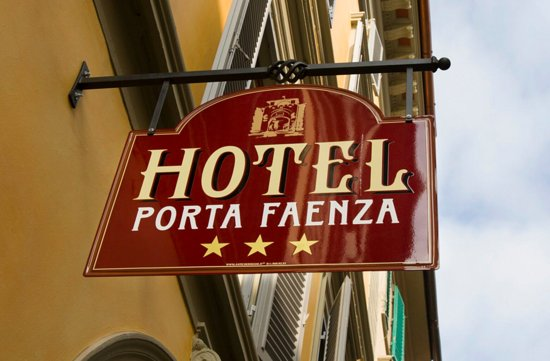 ポルタ ファエンツア ホテル