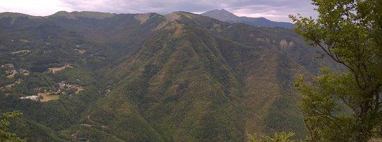Fanano, Italy: Vista verso il Monte Cimone