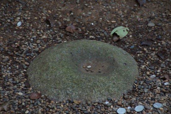 要石-4 - 鹿嶋市、鹿島神宮の写...