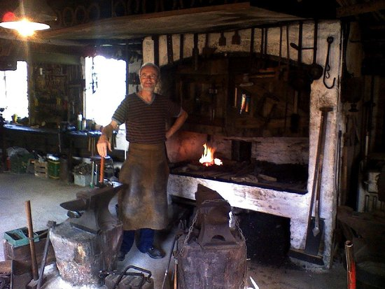 Slangerup, Danmark: The blacksmith is waiting for you to come