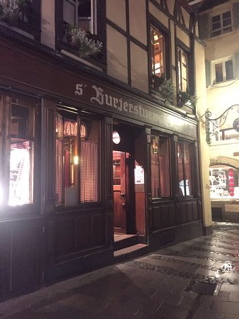 Chez Yvonne : Facade du restaurant