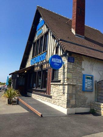 """Courseulles-sur-Mer, France: Le restaurant familial """" La Maison Bleue """""""