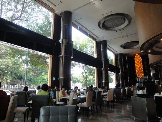 New World Saigon Hotel Resmi