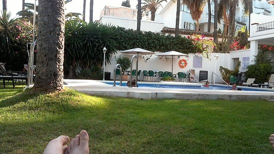 Costa Blanca, İspanya: by the pool at the end of the day