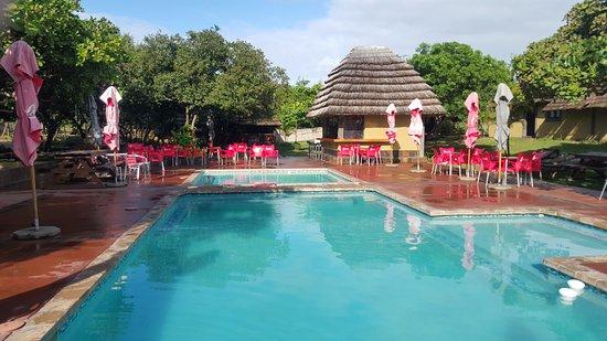 Tan-'n-Biki: Main Camp Pool area