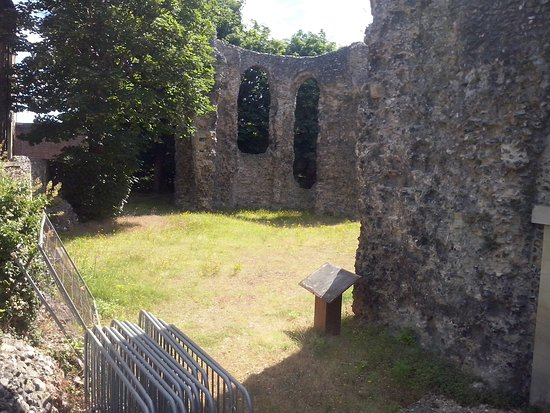 Reading Abbey Ruins: The closest you can get