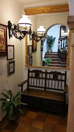 Hotel San Gabriel Photo