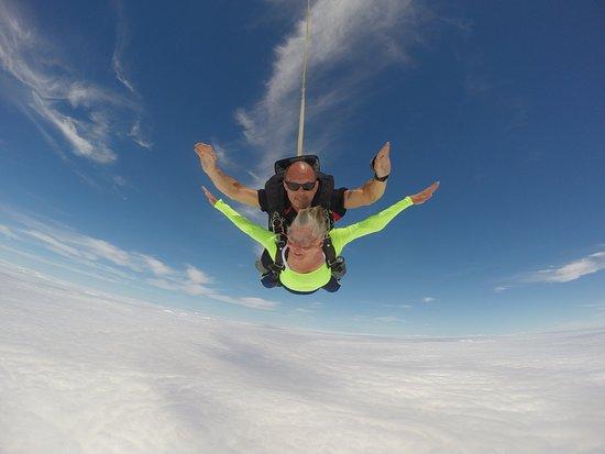 Gananoque, Canadá: Tandem jump at Skydive Gan.