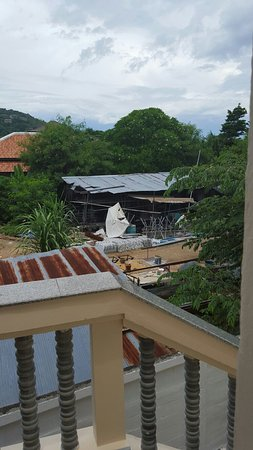 Centara Kata Resort Phuket: Right outside our room