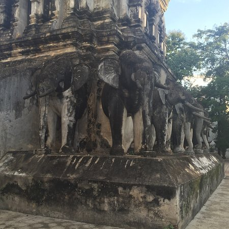 Wat Chiang Man: photo1.jpg