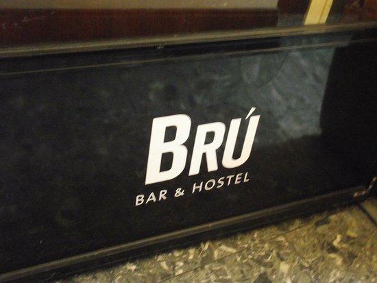 Bru Bar and Hostel: photo0.jpg