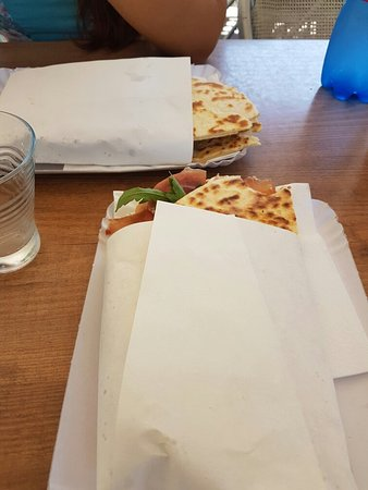Altamarea Piada Cafe: TA_IMG_20160726_132857_large.jpg
