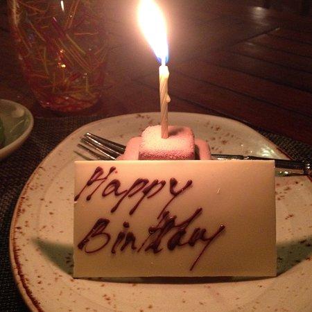 Jumeirah Dar Al Masyaf at Madinat Jumeirah: Pai Thai birthday cake