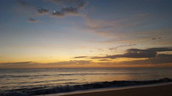 Caraiva, BA: Nascer do sol