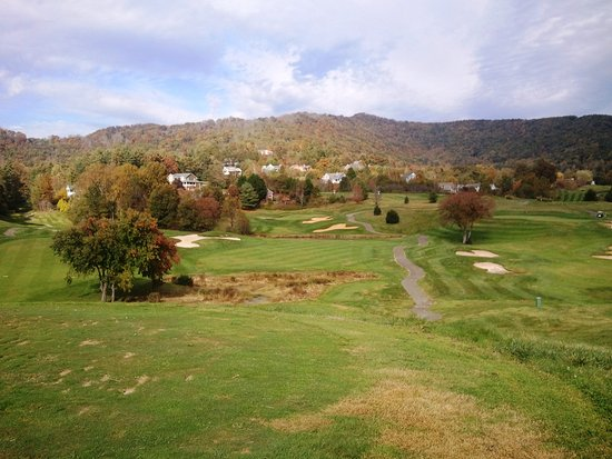 Weaverville, NC: 16th Hole from the teebox