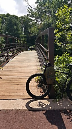 Somerset, NJ: Bridge from Rose Garden to D&R tow path