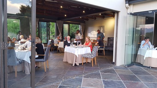 Jordan Restaurant: Our table at the open door at Jordans