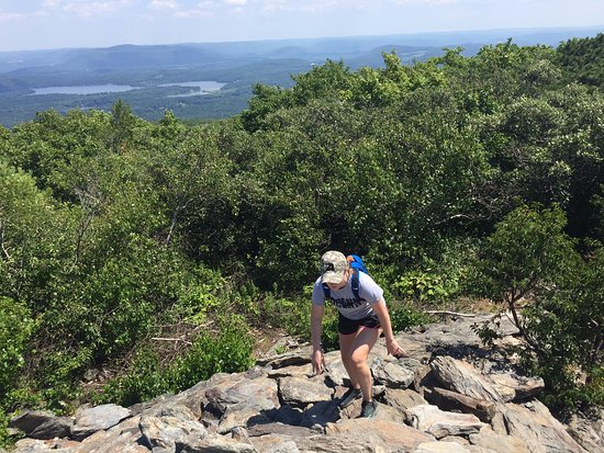 Hiking the AT to Bear Mountain, Salisbury, CT