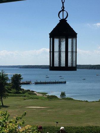 Chebeague Island, เมน: The Inn is back!