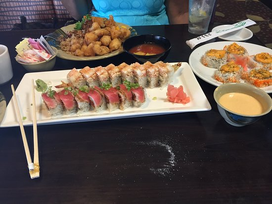 Yuki's Japanese Restaurant: Spicy tuna roll, double shrimp roll, and sweet and sour chicken👏🏿👏🏿👏🏿