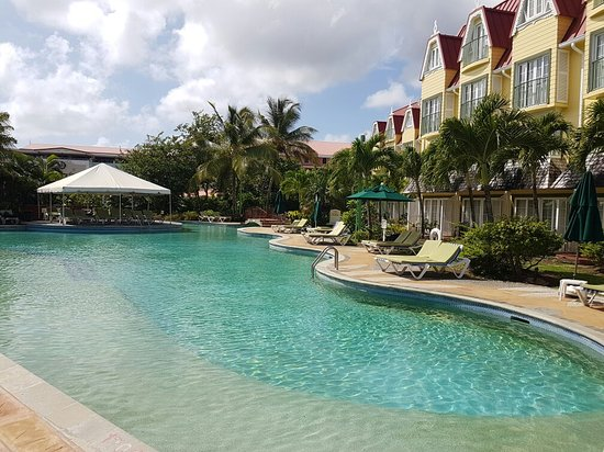 Coco Palm Resort: 20160714_093019_large.jpg
