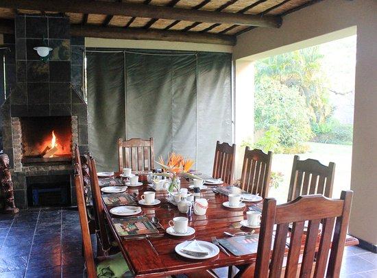 Idle & Wild: Breakfast next to a nice fire in Winter