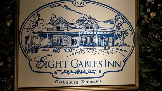 Eight Gables Inn: 20160715_215544_large.jpg