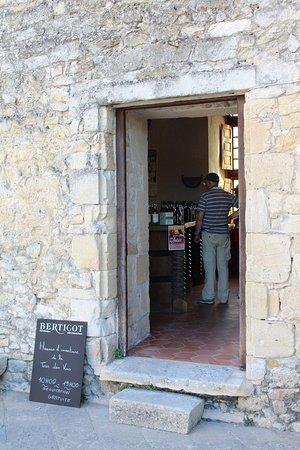 Duras, Frankrike: Tour des Vins - Dégustation de vins gratuite Juillet et Août