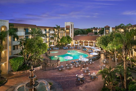 Embassy Suites by Hilton Scottsdale Resort